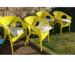 4 chairs with cushions