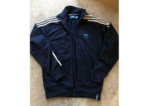 Adidas top